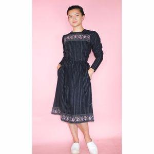 (512) VTG 1970s Paisley Printed Dress